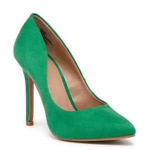 NWOB Abound Whitnee-Fab Faux Suede Green Pumps